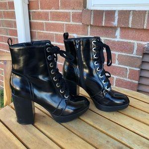 Chunky Heel Tie Up Boots